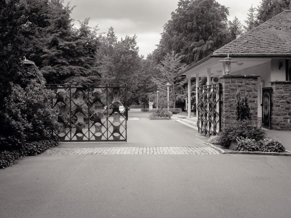 Tor zum inneren Ring der Waldsiedlung Wandlitz